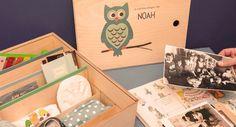 www.herinnerdingendoos.nl Mooi houten kistje om herinneringen voor later in te bewaren.