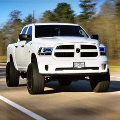 23 best ram 1500 custom images in 2018 pickup trucks dodge ram rh pinterest com