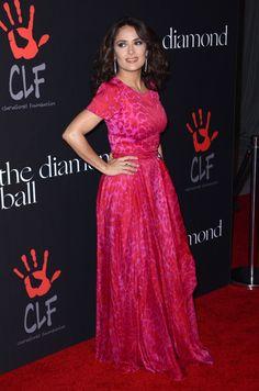 Glamour et bien entourée pour son premier gala caritatif