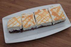 Eierlikör - Kuchen mit Heidelbeeren vom Blech Waffles, Cheesecake, Breakfast, Desserts, Food, Tags, Bakken, Sheet Cakes, Food Portions