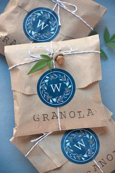 Granola Wedding Favor Packages #evermine #packaging #gift #labels #monogram