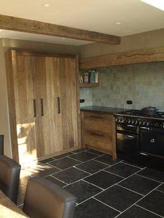 Stoere keuken van barnwood eiken - halfingebouwde kasten