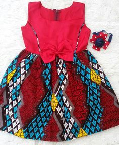 Bayabsgh_kids is located in Sunyani, Ghana. We deliver Nationwide and Overseas. For further enquiries or to Order, call/whatsapp/viber The beautiful head bands from Baby African Clothes, African Dresses For Kids, African Children, African Inspired Fashion, African Print Fashion, African Attire, African Wear, Ankara Styles For Kids, Tutus For Girls