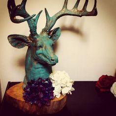 """Busto venado con tronco """"bronce"""""""