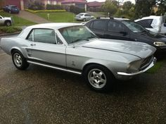 1967 FORD MUSTANG, auto, 302 motor, Holley carby, new paint and interior, twin exhaust and extractors, mags near new tyres, import papers.  $13500 ono