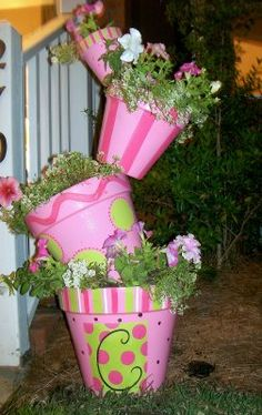Flower pot creation- such a neat idea!