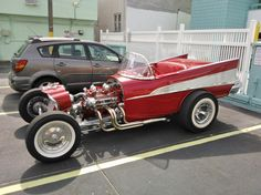 "1957 ""T-Bucket like""roadster. Little Ed Roth vision in here somewhere Custom Rat Rods, Custom Garages, Custom Cars, Weird Cars, Cool Cars, Classic Trucks, Classic Cars, Hot Rods, Rat Rod Cars"