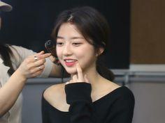 Hyun Soo, Penthouses, Korean Actresses, Kdrama, It Cast, Beautiful, Mulches, Korean Actors, Lofts