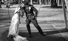www.studiopensiero.it wedding photography destination wedding bride and groom on the swing pure love destination wedding italy  foto matrimonio villa borghese