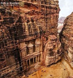 #Petra, meaning 'stone' is a historical and archaeological city in the Jordanian governorate of Ma'an, that is famous for its rock-cut architecture and water conduit system. Don't forget to stay with www.gweet.com while in #Jordan