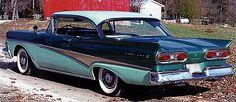 1958 Ford Fairlane Victoria