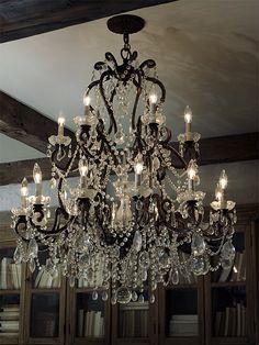 Ralph Lauren #chandelier #lampdesign #lightingdesign #luxuryhomes #classiclighting