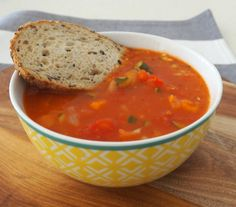 Our Thermomix Vegetable Soup recipe is guaranteed to warm you up. Best of all this recipe is freezer friendly, and takes just 30 minutes to make! Cooking For A Group, New Cooking, Cooking Recipes, Cooking Steak, Cooking Light, Vegan Recipes, Thermomix Soup, Vegetable Soup Recipes, Savoury Dishes