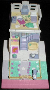 1993 - Polly Pocket Cozy Cottage - Pollyville - Bluebird Toys    aka Polly's Cosy Cottage - Tiny World    Bluebird Toys Ref. No 940311
