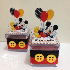 Caixinha Acrílica Mickey Mouse  *** Decorada com fita de cetim***  Personalizamos em qualquer tema!