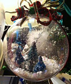 Christmas Bulbs, Christmas Crafts, Snow Globes, Holiday Decor, Home Decor, Decoration Home, Christmas Light Bulbs, Room Decor, Home Interior Design