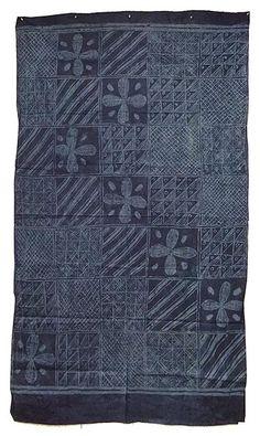 Africa | Adire textile | Yoruba people of Nigeria | © Tim Hamill