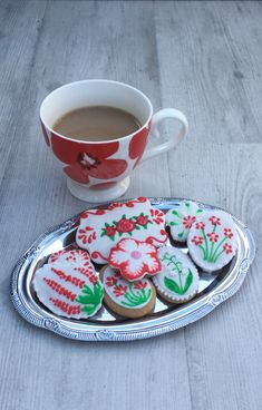 Relaxing fun biscuit icing classes for all abilities, Hertfordshire. Learn a new skill and surprise someone special with a delicious gift. Learn A New Skill, How To Make Cookies, Home Recipes, Freshly Baked, Allergies, Serving Bowls, Beautiful Flowers, Dairy Free