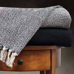 100-percent Cotton Printed Diamond and Solid Throw Blankets (Pack of 2) - Overstock™ Shopping - Great Deals on Throws