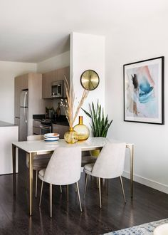 Design Crew: A Small Apartment with Bigger Plans Ahead in Kansas City - Front + Main Small Apartment Kitchen, Small Apartment Design, Small Apartment Decorating, Small Apartments, Small Living Rooms, Living Room Decor, Small Living Dining, Small Dining Area, Design Scandinavian