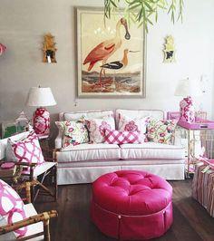 37 Cute Pink Living Room Design Ideas - Modul Home Design Home Living Room, Living Room Designs, Living Room Decor, Palm Beach Decor, Home Interior, Interior Design, Colourful Living Room, Style Deco, Kitsch