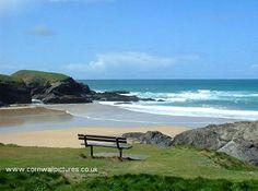 Seat overlooking the beach at Treyarnon Bay, England Cornwall Coast, Devon And Cornwall, Cornwall England, North Cornwall, Santa Cruz Camping, Sequoia National Park Camping, Camping France, Camping Cornwall, British Beaches