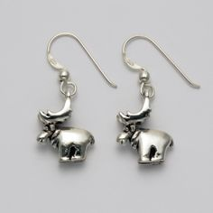 Smooth Moose Earrings at theBIGzoo.com, an animal-themed store established in August 2000.