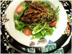 ...weiter ging es mit Salat mit gebratenen Pilzen...