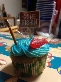 Guys birthdays cupcakes :)