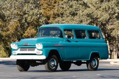 1958 Chevrolet Suburban NAPCO - ok, I don't own this, but I WANT it!