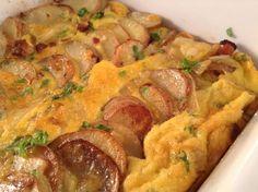 Dette er deilig hverdagsmat for store og små. En Spansk Tortilla er rett og slett en potet-omele...