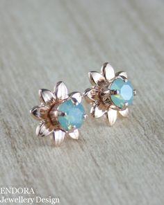 Aqua mint crystal flower stud earrings