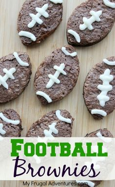 Garden Flowers Here Is A Really Fun And Simple Idea For Super Bowl. I Was Assigned A Dessert Item For Our Superbowl Party And Decided To Make These Cute Little Football Brownies. These Are Really Simple S Football Brownies, Superbowl Desserts, Football Treats, Football Food, Party Desserts, Dessert Recipes, Football Bags, Football Birthday, Flag Football Party