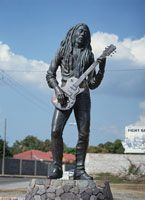 ボブ・マーリー像 ニューキングストン ジャマイカ[01004000987] - 写真素材・ストックフォト|アマナイメージズ