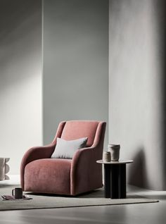 Explore the Dulux Colour Trends for Winter 2018. Featuring Dulux Spanish Olive, Dulux Century Mist and Dulux Whisper White.