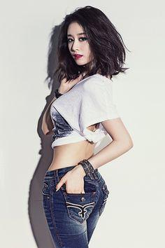 Fashion in Korea - T-Ara Ji Yeon