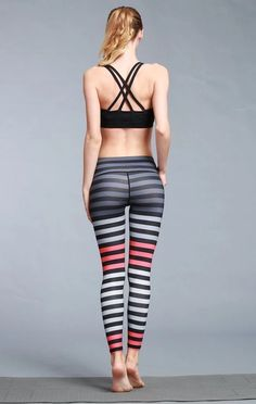 Yoga pants for women 76 Yoga pants for women 76 YANONE OFFICIAL YOGA 2020 Yoga pants Yoga pants for women Yanoneofficial this is nbsp hellip for school videos Yoga Pants Girls, Yoga Pants Outfit, Skin Tight Leggings, Yoga Leggings, Yoga Pants Pattern, Dashiki For Men, Looks Pinterest, Printed Yoga Pants, Pants For Women