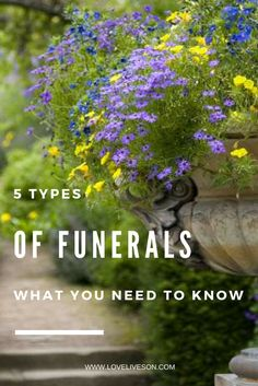 Be informed on your funeral service options. Learn the difference between a funeral and memorial service. Use our guide when deciding what type of ceremony to have. Funeral Planning Checklist, Funeral Ceremony, Faith In Love, Love Life, Grief, Need To Know, First Love, How To Memorize Things, Memories