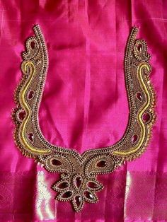Designer blouses Aari Embroidery, Embroidery Works, Bead Embroidery Jewelry, Embroidery Designs, Saree Blouse Patterns, Saree Blouse Designs, Neck Patterns For Kurtis, Hand Work Blouse Design, Saree Painting