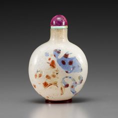 A three-color-overlay bubble-suffused glass bottle  18th/early 19th century