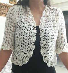 Bolero a crochet blanco Crochet Bolero Pattern, Débardeurs Au Crochet, Crochet Cocoon, Pull Crochet, Crochet Coat, Crochet Jacket, Freeform Crochet, Crochet Shawl, Crochet Clothes