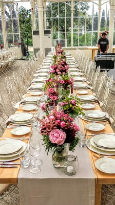Imperial table centerpiece with jars and rustic chic flower decor