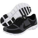 Me gusta esta zapatos de Nike. Los zapatos estas muy comodo. Los zapatos estas muy bueno por corriendo.