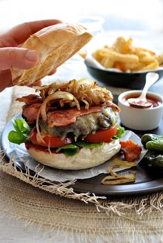 This is an epic burger made using run-of-the-mill ground beef (mince) from the supermarket. #hamburger #burger #beef