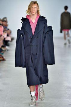 Xander Zhou Spring/Summer 2017 Menswear | British Vogue