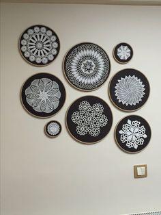 45 Best Ideas For Crochet Doilies Vintage Wall Art Framed Doilies, Lace Doilies, Crochet Doilies, Crochet Wall Art, Crochet Home, Home Crafts, Diy Home Decor, Diy And Crafts, Vintage Wall Art