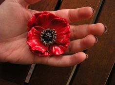 Poppy flower brooch from polymer clay vintage by Larashandmade, €25.00