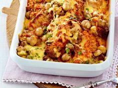 Our popular recipe for Feiner Schnitzel-Hack casserole and more than other free recipes at LECKER. Vegetable Stew, Vegetable Recipes, Beef Recipes, Casserole Dishes, Casserole Recipes, Pizza Casserole, Cabbage Stew, Good Food, Yummy Food