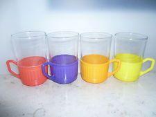 4 farbige Teegläser DDR Plastik Kult Retro