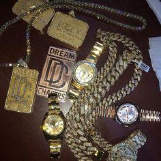 top 10 luxury watches for men Unusual Jewelry, Cute Jewelry, Jewelry Accessories, Expensive Watches, Expensive Jewelry, Gold Diamond Watches, Diamond Jewelry, Diamond Grillz, Luxury Watches For Men